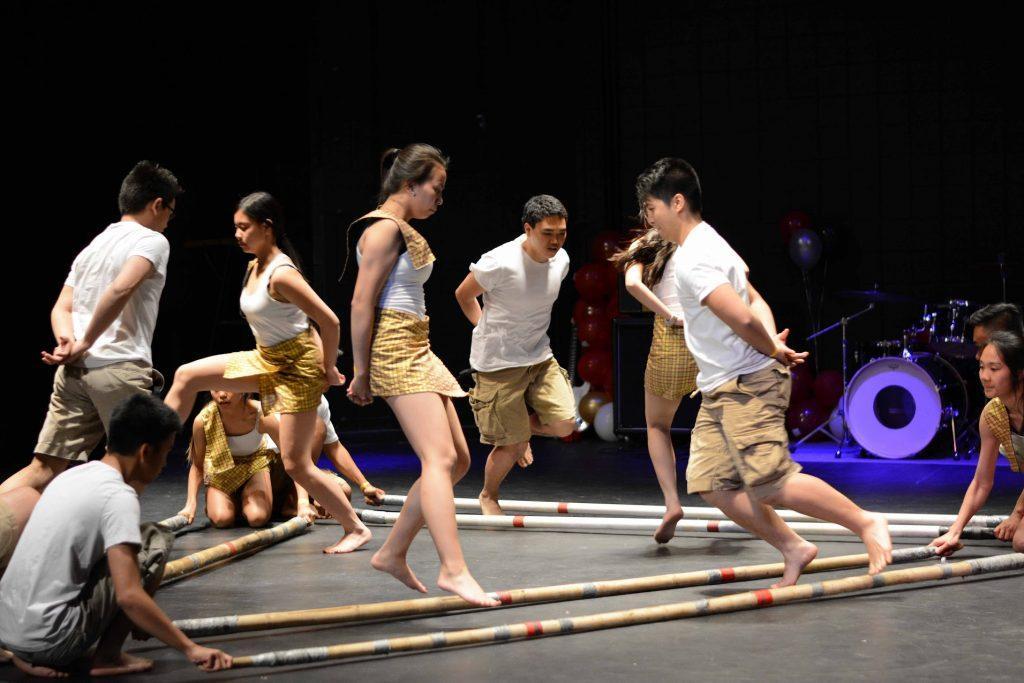 Filipino tinikling performance